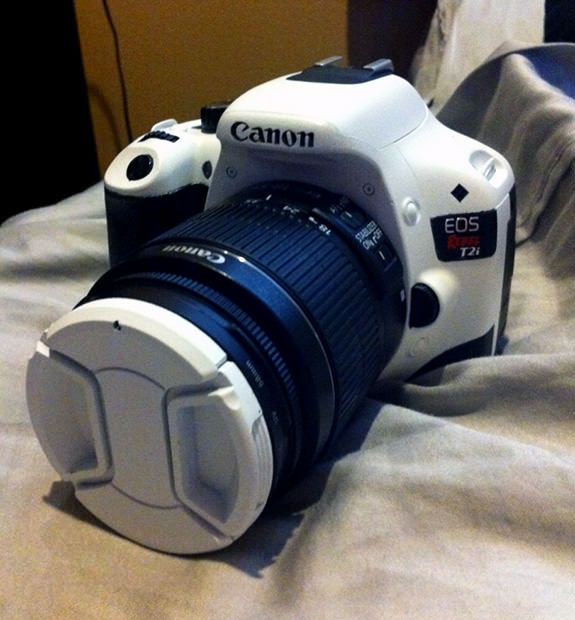 A Canon Rebel T2i Fit for a Stormtrooper whitet2i mini