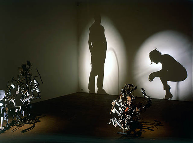 Amazing Shadow Photos Created Using Carefully Arranged Objects shadow1 mini