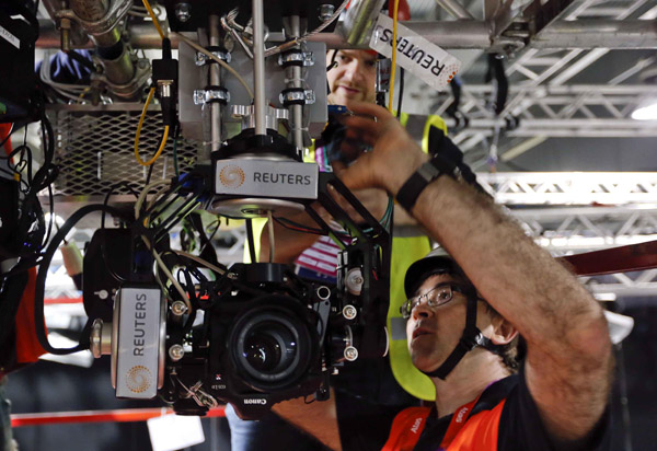 Reuters to Use Robotic DSLR Cameras for Olympic Coverage sixthphotofabrizio
