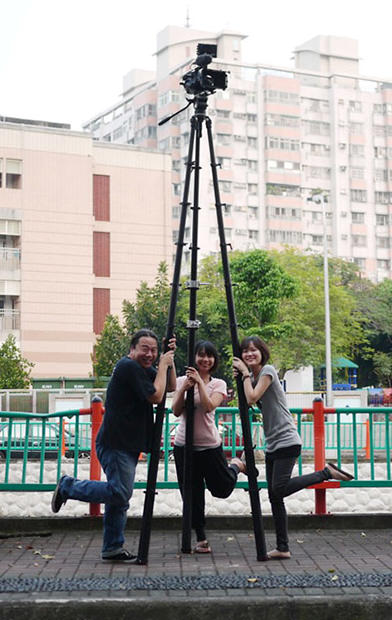 Tree pod: The Tripod That Can Double as a Three Legged Ladder treepod mini
