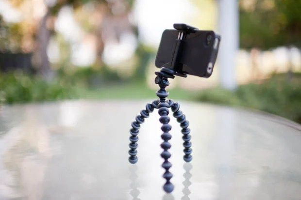 Joby GripTight: A Universal Clamp Style Tripod Mount for Smartphones jobygriptight1