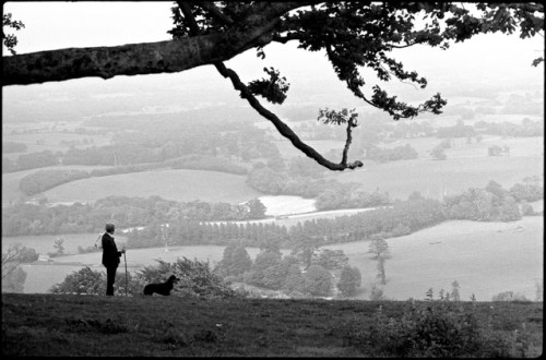Bernard & Trudi on Chanctonbury Ring, Sussex, June 1982, med