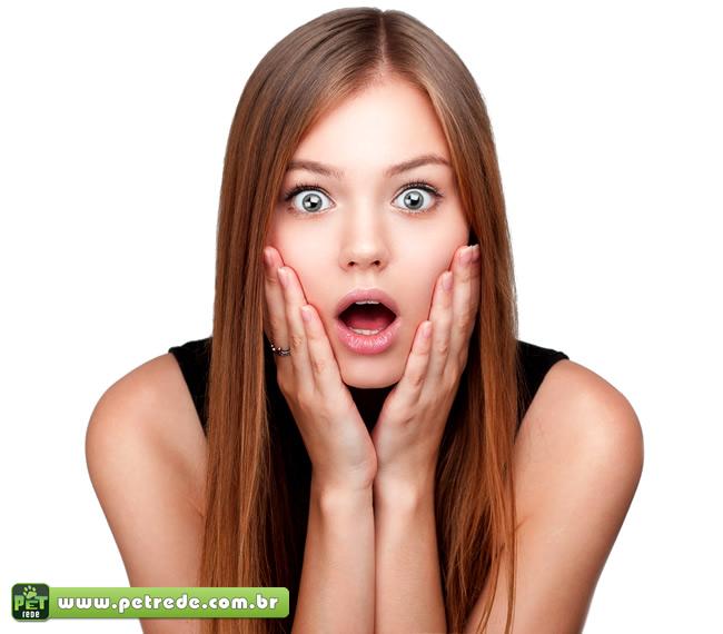 mulher-espanto-surpresa-petrede