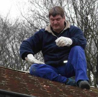 2008_04_Pfadfhaus Dach-4