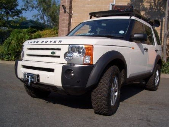 Land Rover Discovery Lr3 Winch Plate By Front Runner