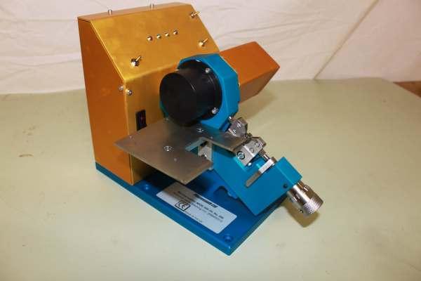 PharmSouth - Electronic Needle Attaching Machine 2