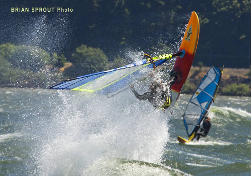 Take off spray - rider Phil Soltysiak