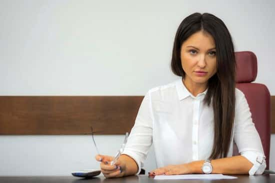 Resigning BEFORE Being Fired \u2013 Is It the Right Decision?