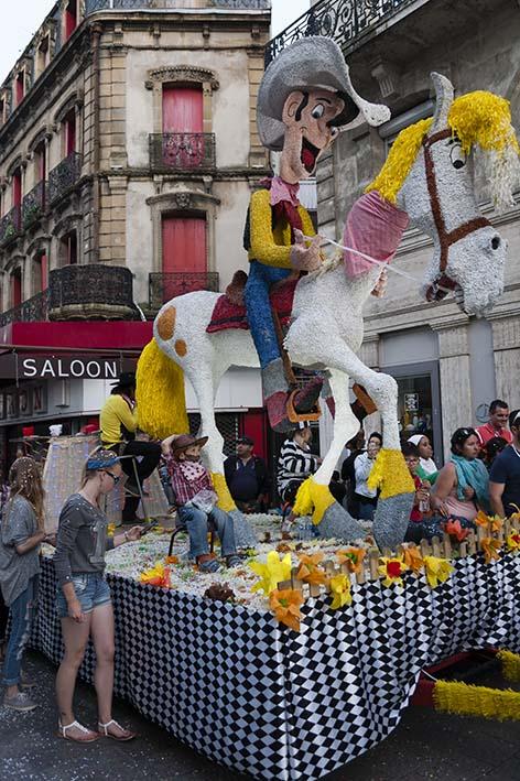 carnaval-Agen lucky luke  ©photo Patrick Clermont