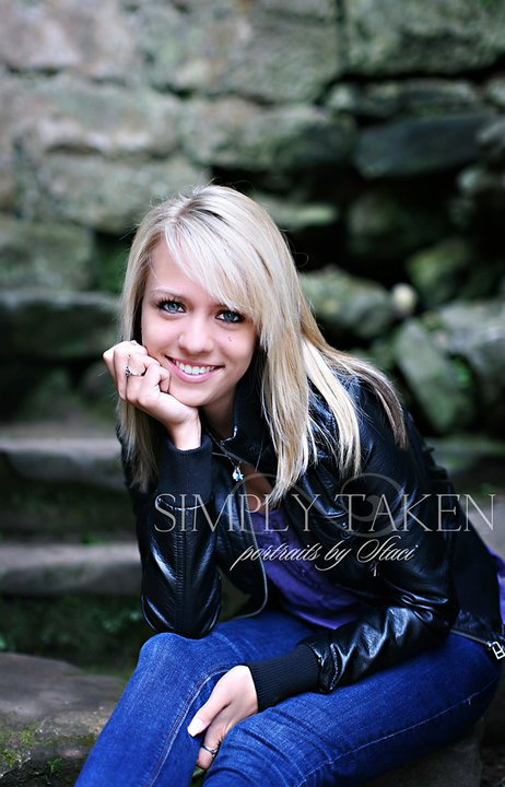 154222 466031713556 45254943556 5722667 6699936 n A taste of senior portraits from Germany