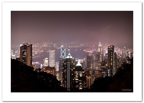 Hong Kong Skyline from Victoria Peak (©2011 Ian Mylam)