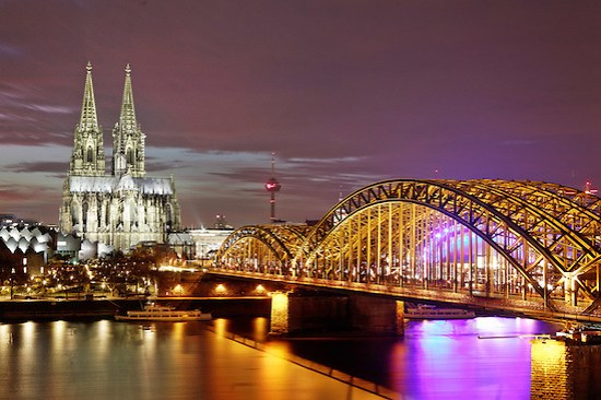 Cologne Cathedral and Hohenzollern Bridge, Cologne, Germany, Europe (Brad Mitchell)