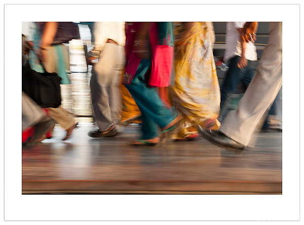 New Delhi Railway Station, India (Ian Mylam/© Ian Mylam (www.ianmylam.com))