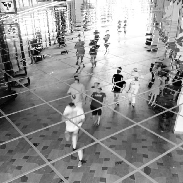 Spejling i Passagen, Tivoli