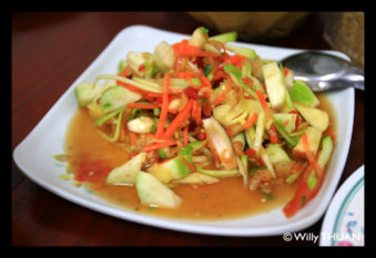 spicy-apple-salad-in-phuket