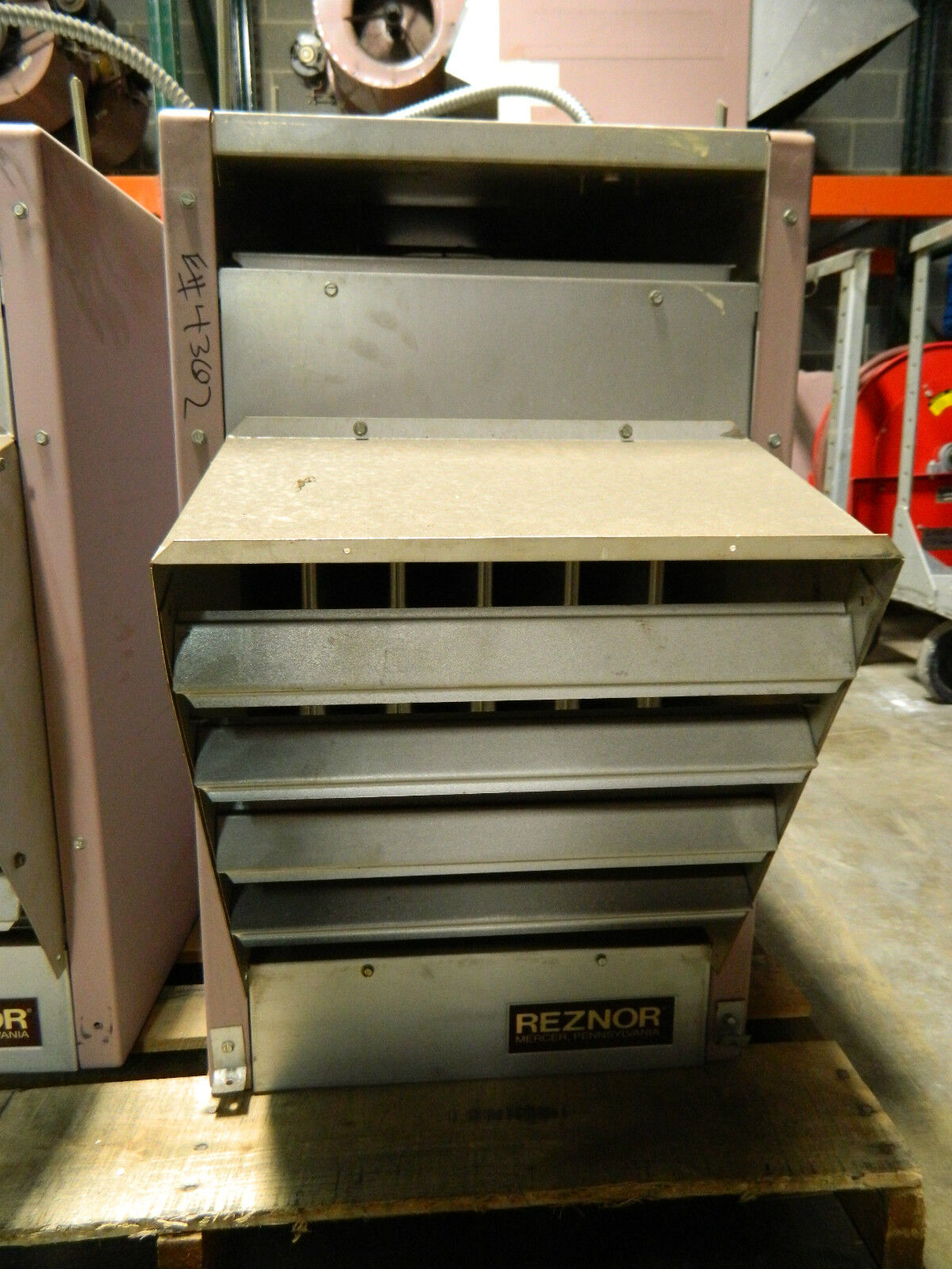 Reznor Natural Gas Electronic Ignition Unit Heater B100 E _57?strip=all reznor overhead heater with electronic ignition wiring diagram  at n-0.co