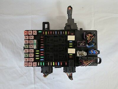 2003 - 2006 Expedition Lincoln Navigator Fuse Box Fuel Pump Relay