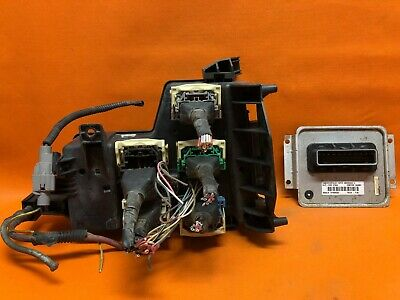 02-05 DODGE RAM 1500 Truck Fuse Box Fusebox  Power Control Module