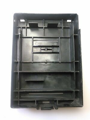 2004 2008 FORD F-150 Expedition Lincohl Navigator Engine Fuse Box