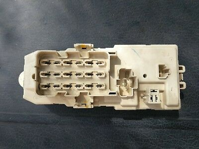 1992 TOYOTA PICKUP Hilux Surf 4Runner Main Fuse Panel Relay