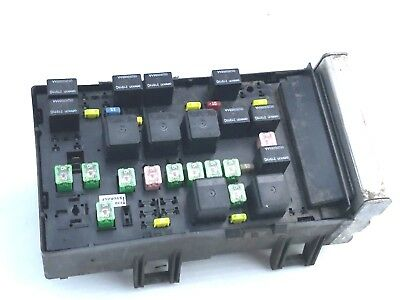 07-08 CHRYSLER PACIFICA Ipdm Integrated Power Module Fuse Box