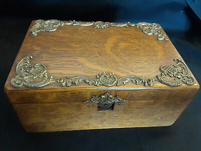 Vintage Ornate Wooden Box Bamboo Look Lid With Catch 12 X