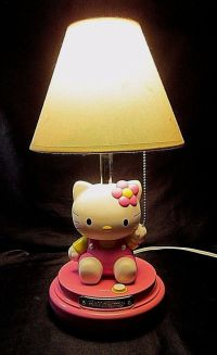"HELLO KITTY TABLE LAMP - KT3095 - Features ""Kitty"" in a ..."