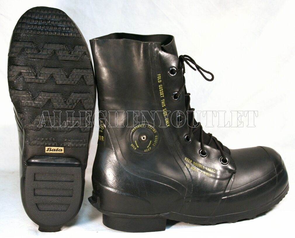 Bata Mickey Mouse Boots Extreme Cold Black Sz 3 4 5 6 7 8