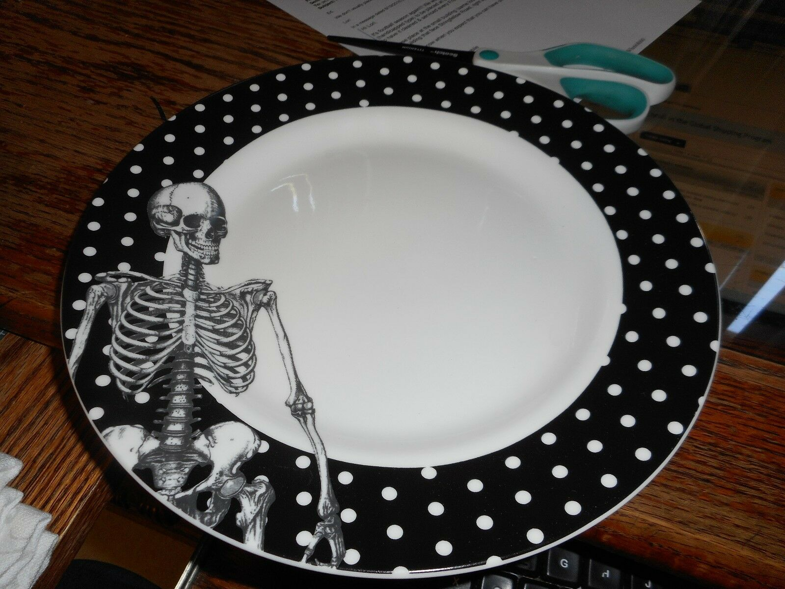 Black ... & Black And White Polka Dot Dinner Plates - Castrophotos