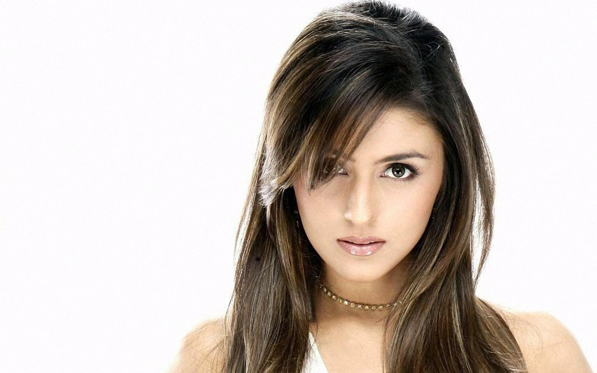 Indian Girl Wallpaper Free Pictures Of Aarti Mann Pictures Of Celebrities