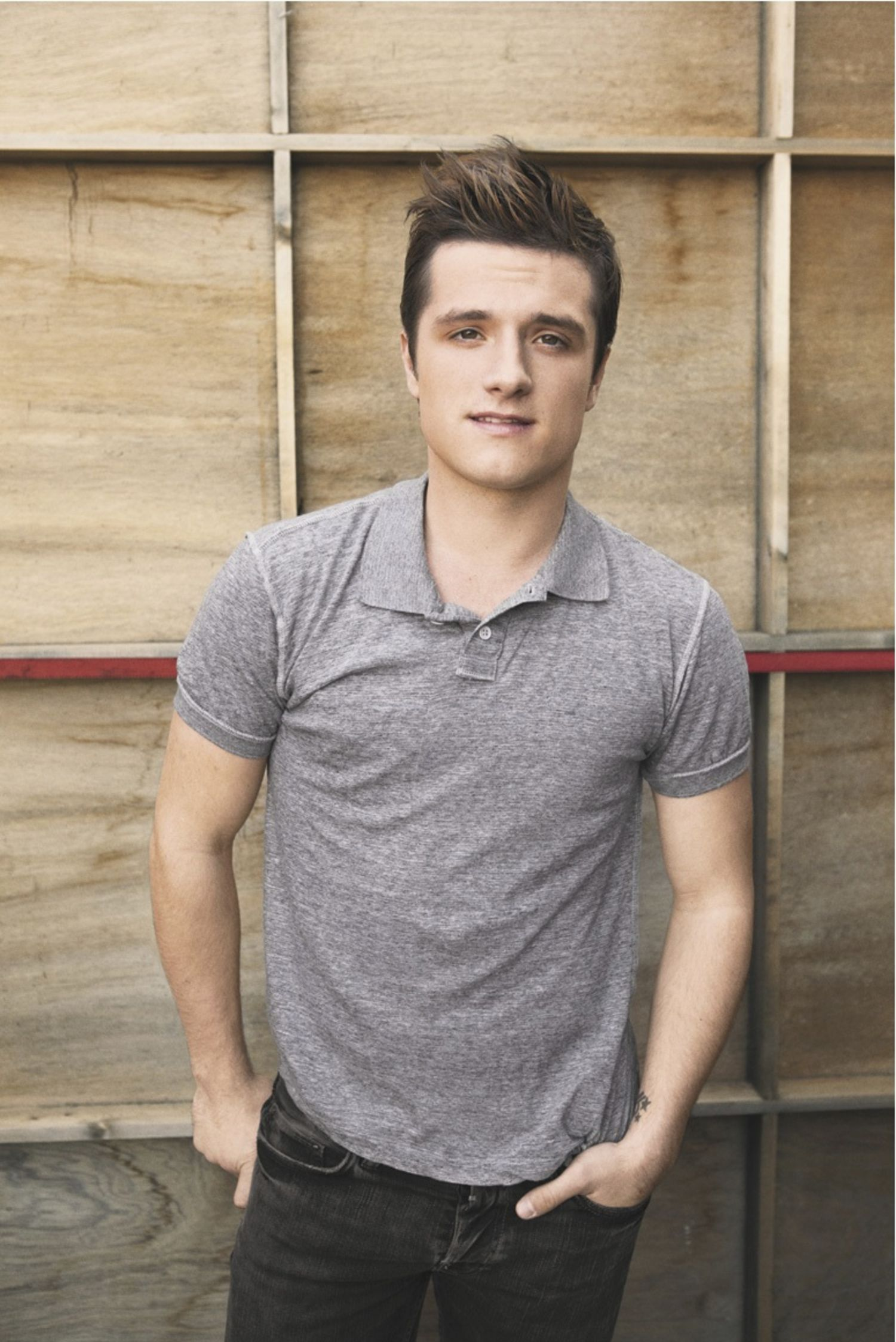 Andrew Garfield Cute Wallpaper Pictures Of Josh Hutcherson Picture 266293 Pictures Of