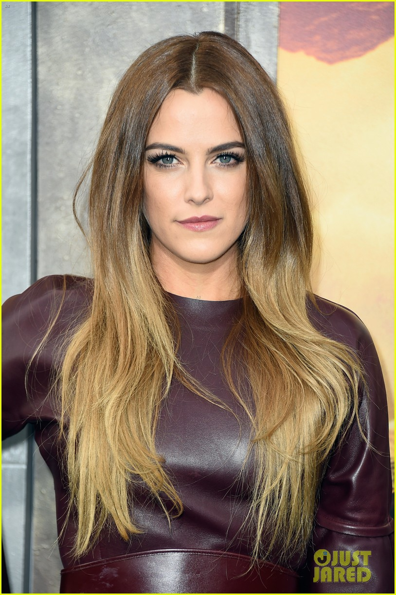 Car Chase Wallpaper Hd Pictures Of Riley Keough Pictures Of Celebrities