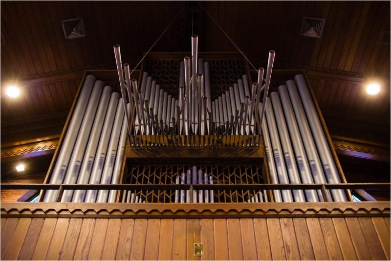 christ-the-king-catholic-church-wedding-and-ruckers-warehouse-reception-tulsa-oklahoma_0029