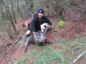 Sloan and Mack with a 118 pound boar