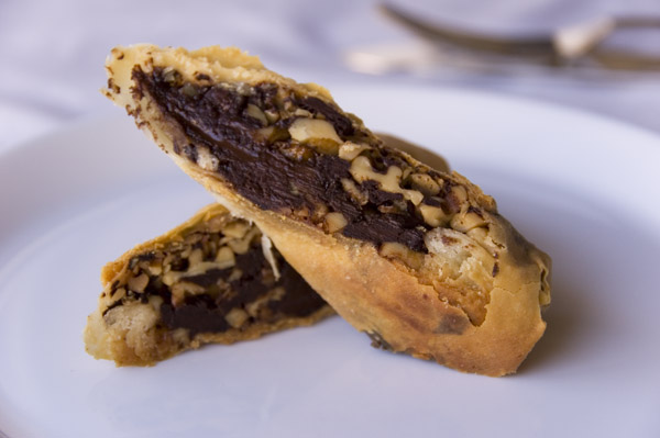 Chocolate and walnut strudel