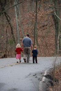 father-and-children-on-a-walk-1145736-m