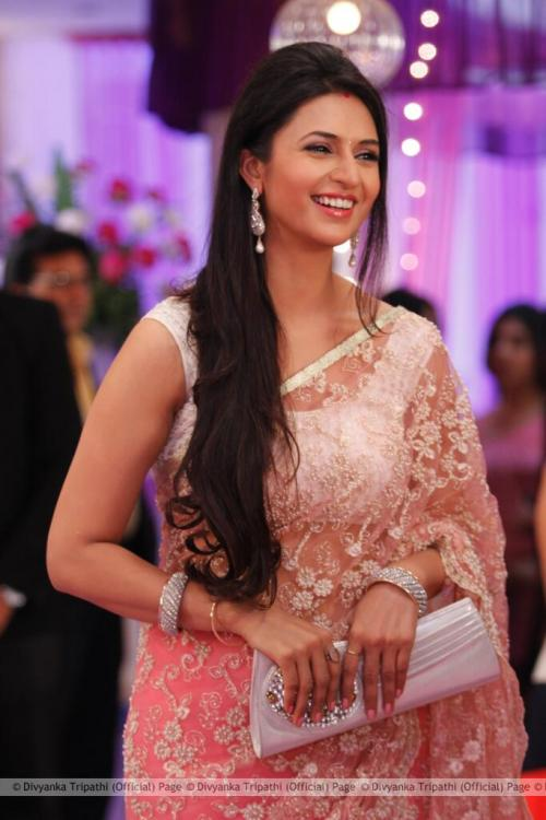 Yeh Hai Mohabbatein Hd Wallpaper Exclusive I Can T Change My Sugary Sweet Nature Even If