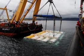 Isole Orcadi, Scozia. Il generatore Oyster viene posizionato a dodici metri di profondità