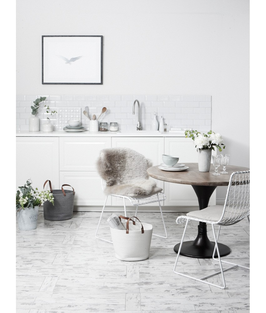 Timeless White kitchen for Homestyle Magazine