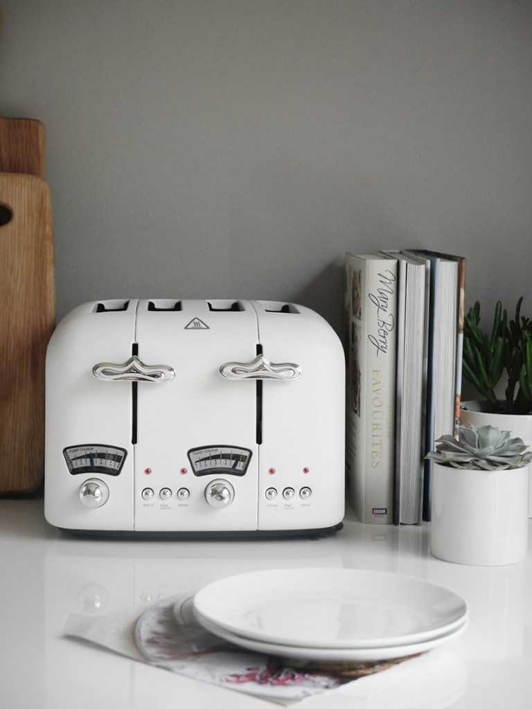 Delonghi Argento 4-slot white toaster, Pippa Jameson, House of Fraser, White toasters, kitchen appliances, white kitchen appliances