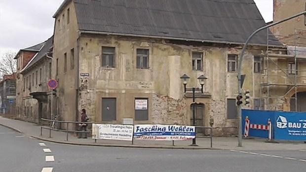 Das ruinöse Gebäude an der Breiten Straße 2 wird saniert. Bis 2014 soll der ehemalige […]
