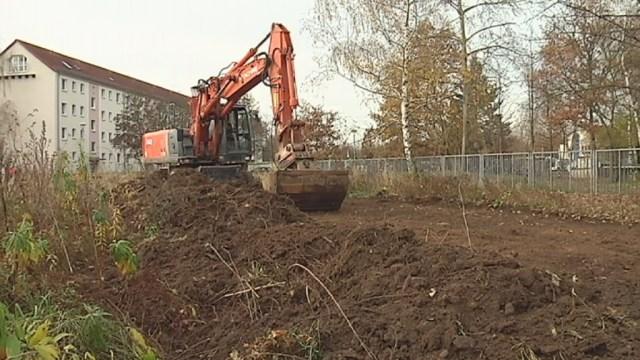 Die Bauarbeiten an der neuen Copitzer Kindertagesstätte auf der Prof-Roßmäßler-Straße sind gestartet. Oberbürgermeister Klaus-Peter Hanke […]