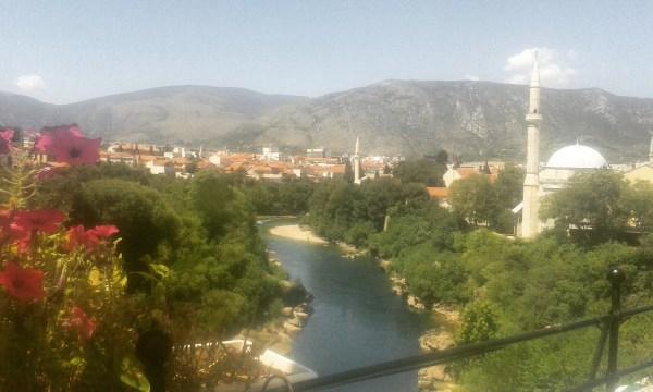 Divan Mostar je divan.