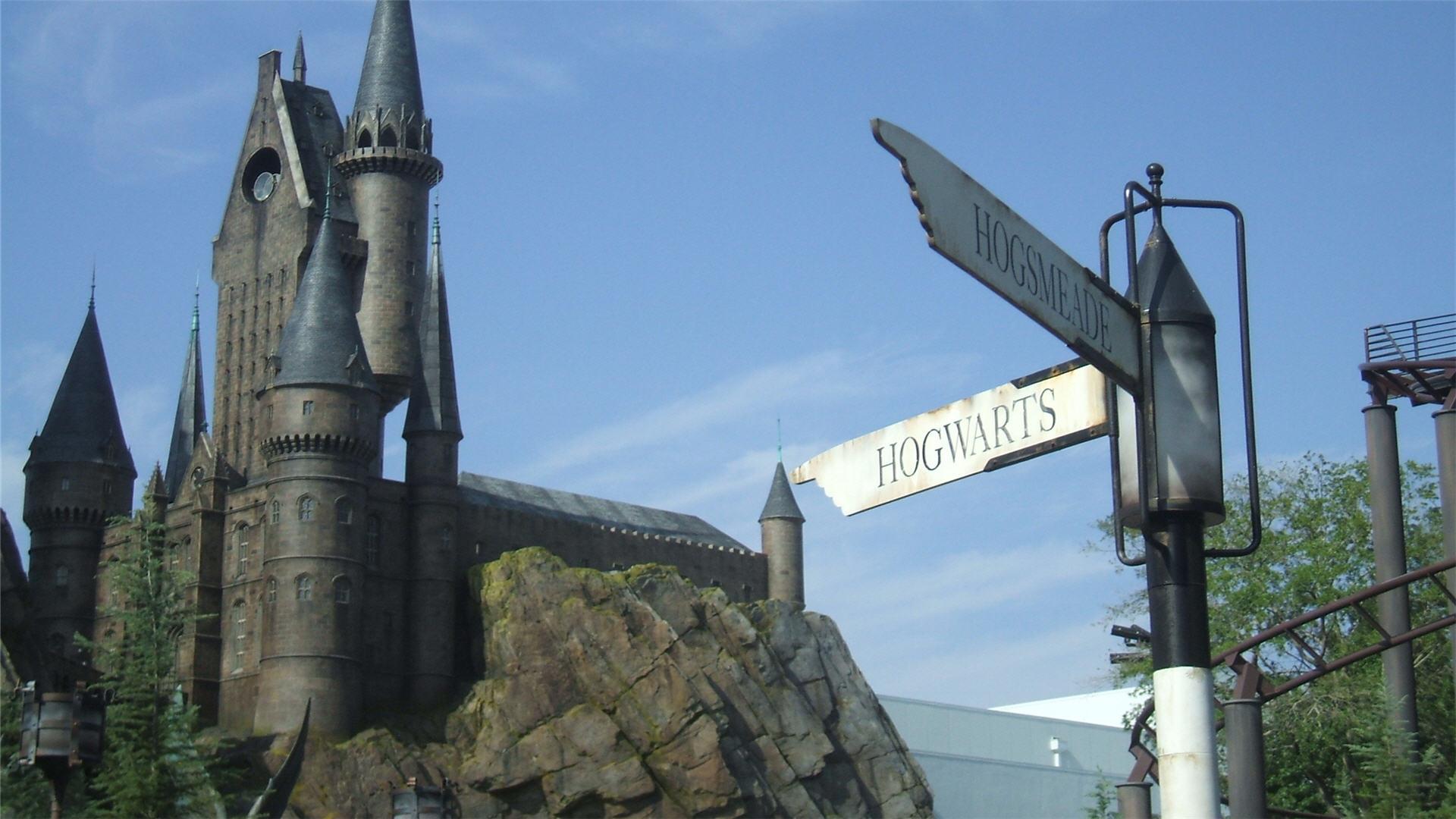 Inspirational Quotes Iphone Wallpaper Hd Hogwarts Castle Wallpapers Hd Pixelstalk Net