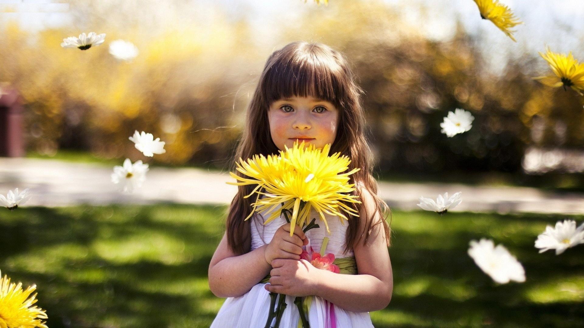 Cute Little Baby Girl Wallpapers Best Cute Images Free Download Pixelstalk Net