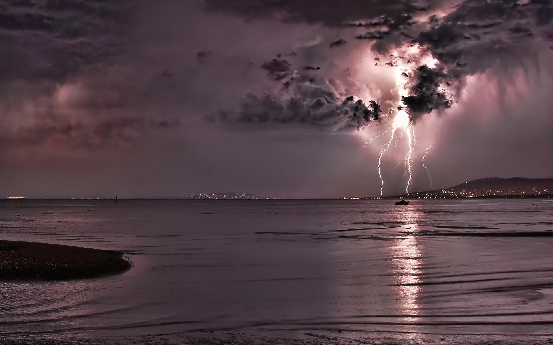 3d Nature Wallpapers Free Download Mobile Lightning Storm Images Download Free Pixelstalk Net