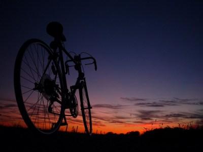 Cycling HD Wallpaper | PixelsTalk.Net