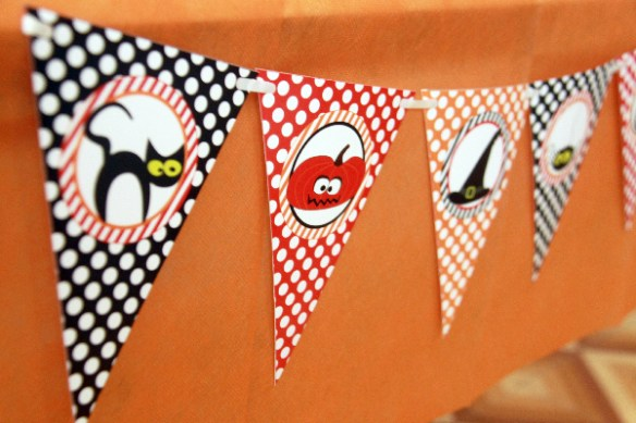 Halloween Party Decorations by Pixiebear Party Printables