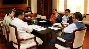 4-had-meeting-on-electric-vehicle-with-shri-nitin-gadkariji-shri-prakash-javdekarji-shri-dharmendra-pradhan
