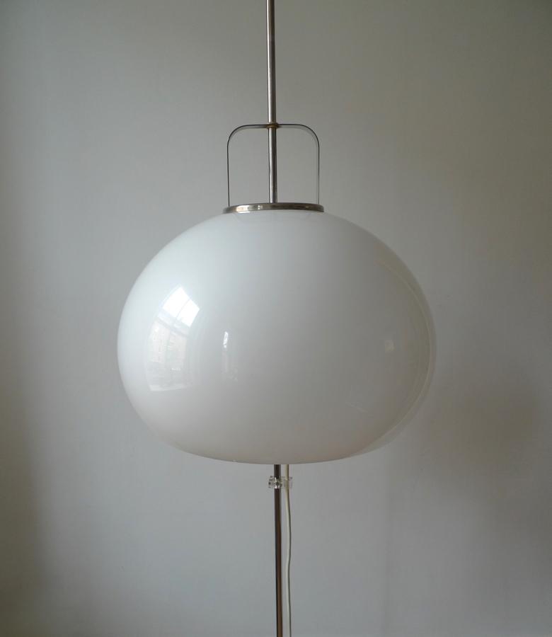 Harvey Guzzini White Mushroom Adjustable Standard Lamp C